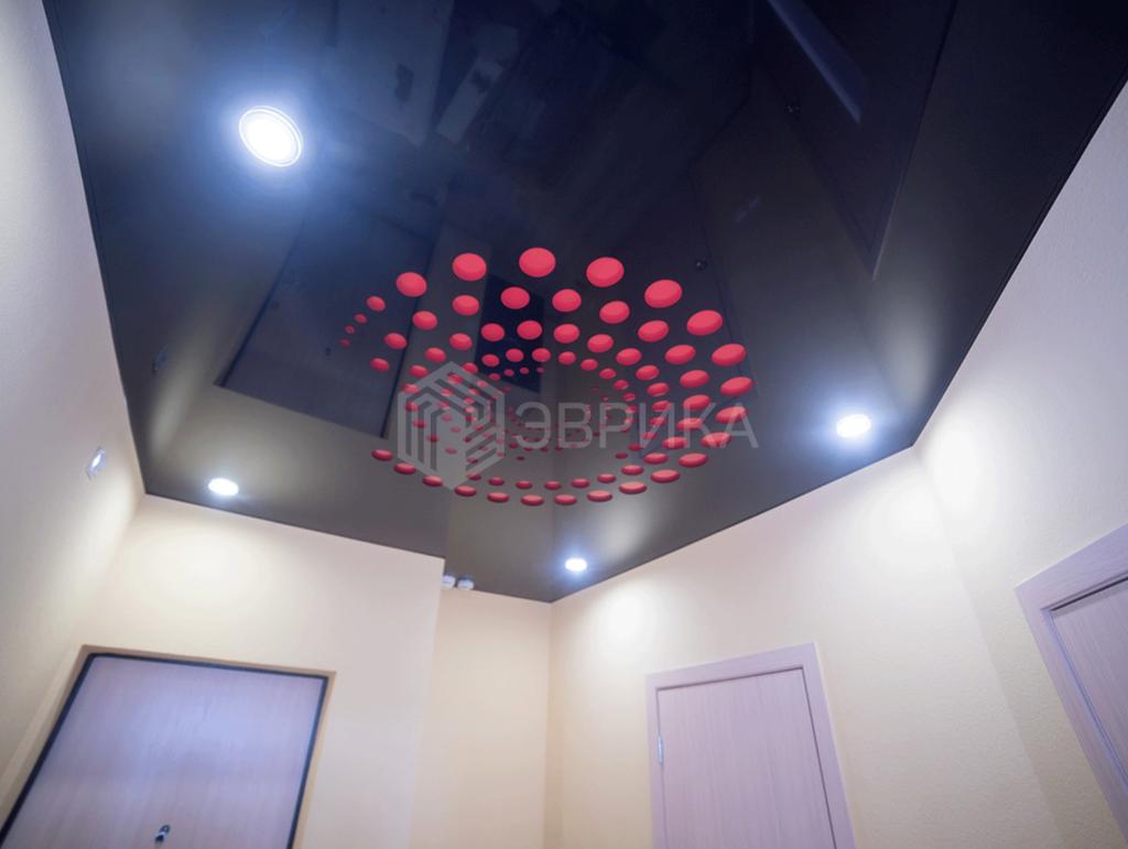 резной натяжной потолок Apply