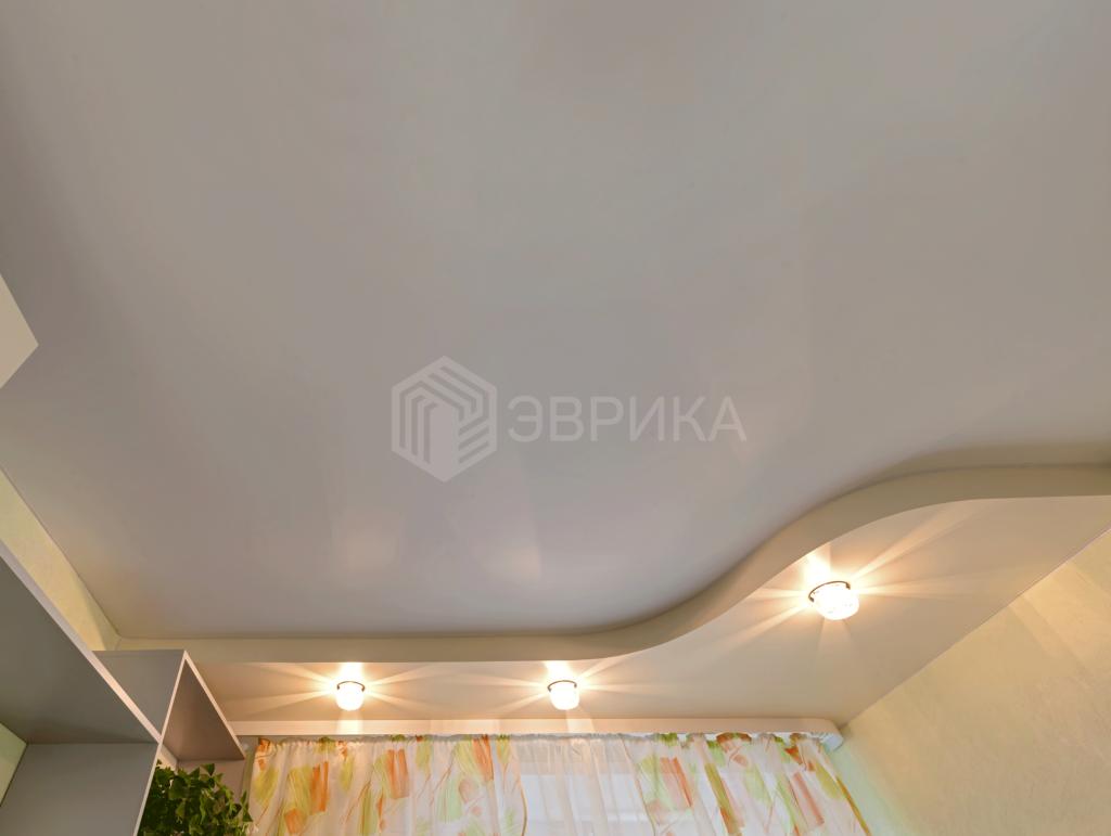светильники в двухуровневом натяжном потолке