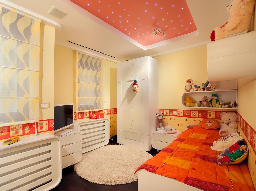 Натяжной потолок в детскую с подсветкой